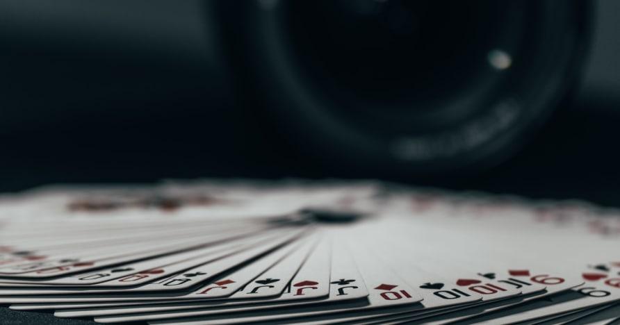 Bežné chyby blackjacku medzi začiatočníkmi
