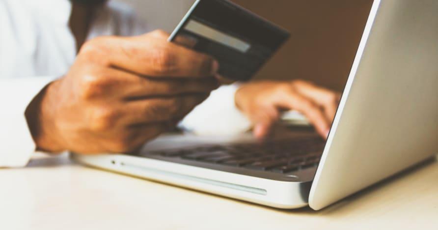 Zákaz kreditných kariet pre stávkovanie vo Veľkej Británii